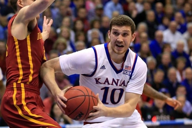 Svi Mykhailiuk announces return to KU basketball for senior season