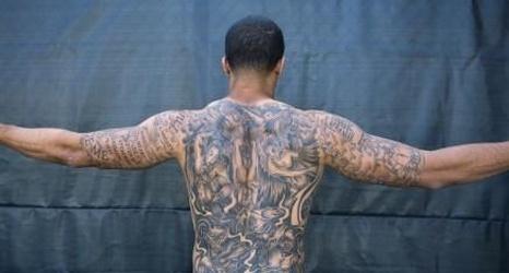 Donte Whitner: Colin Kaepernick will receive flak