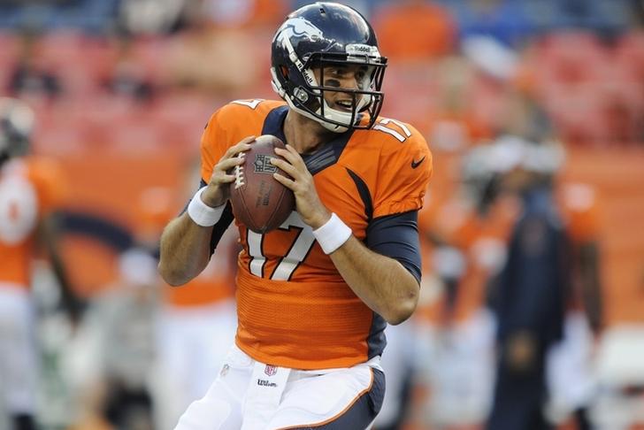 Patriots owner Robert Kraft takes shot at Peyton, Eli Manning