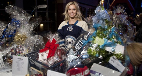 Columbus Blue Jackets Foundation Lady Jackets present Player