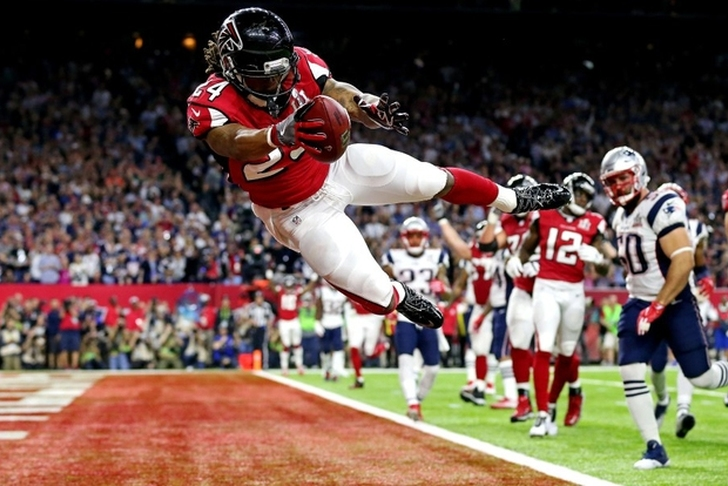 Former 'Nole Devonta Freeman hits the jackpot