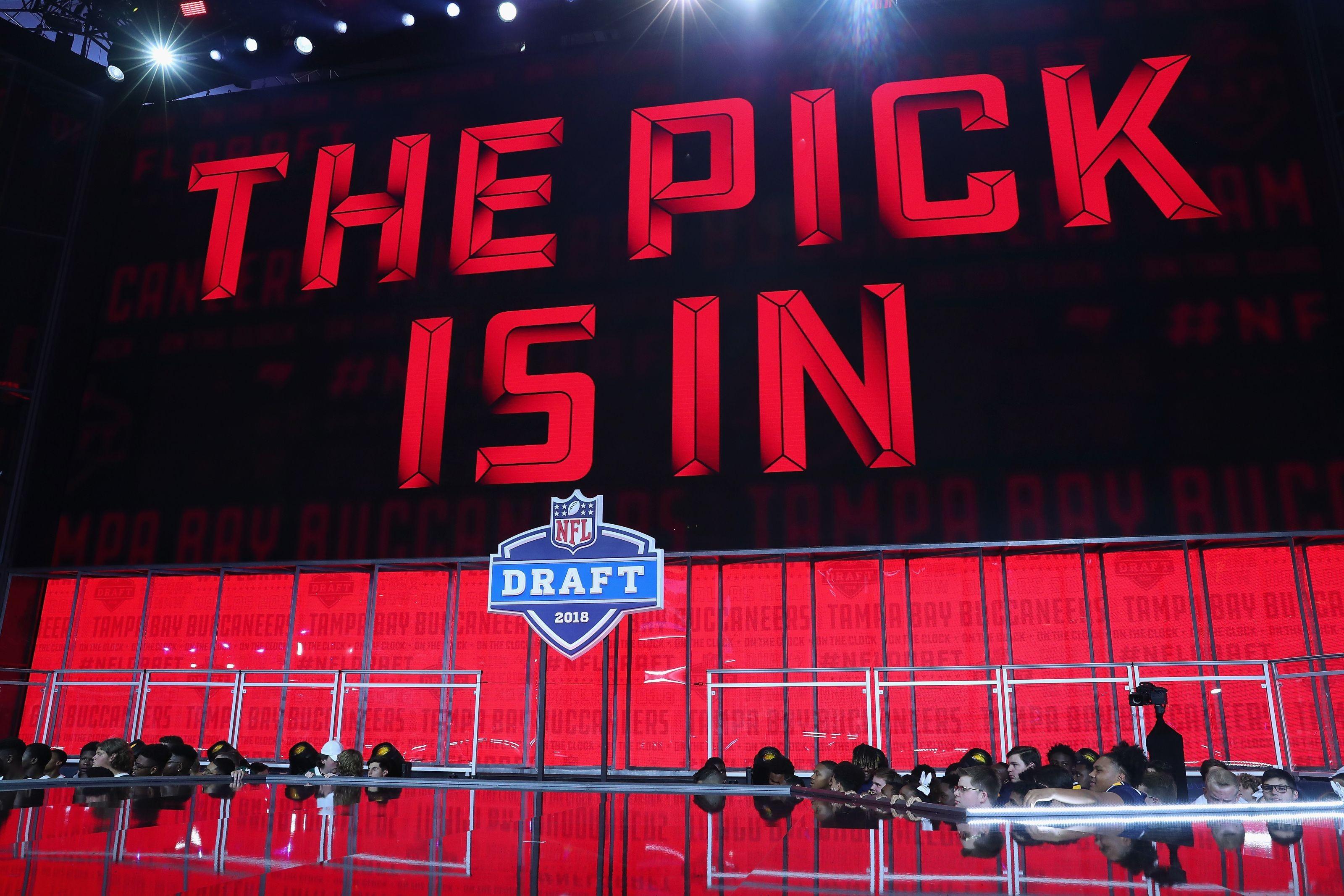 bucs draft picks 2020