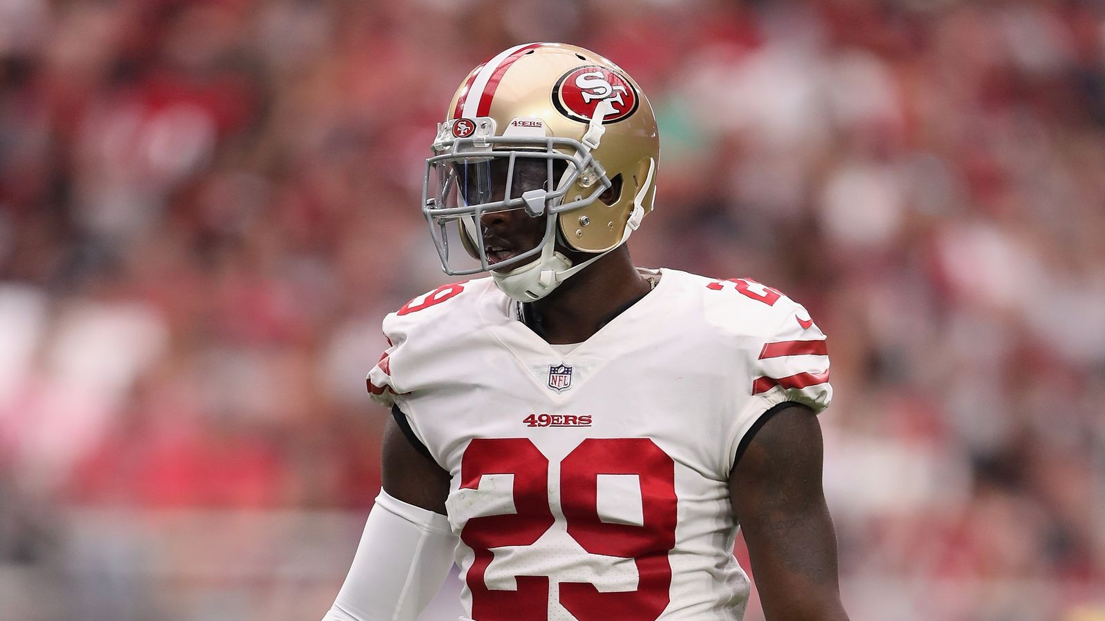 huge discount 081f0 77805 Have a Jaquiski Tartt jersey? Mail it to him and he'll ...