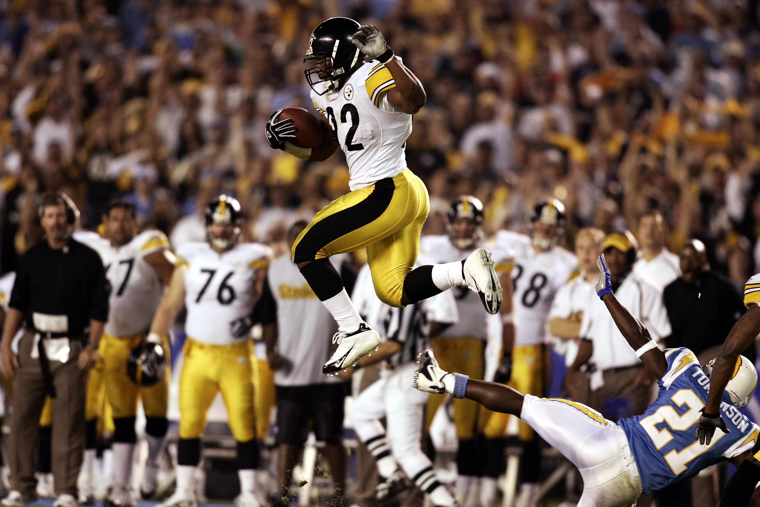 premium selection 4f430 16761 Steelers Throwback Thursday: A black-and-gold star is born ...