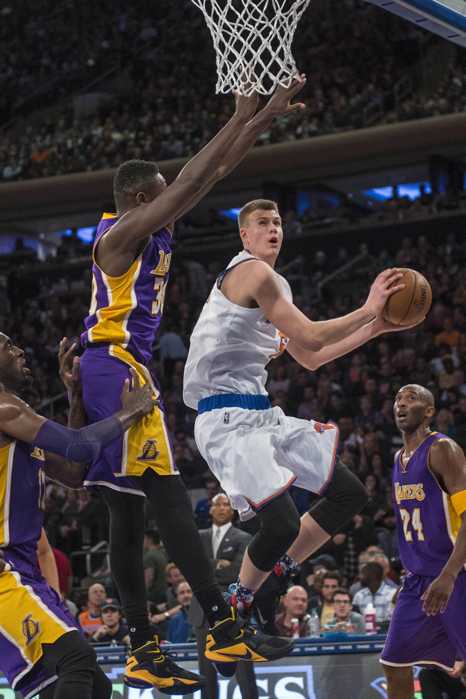 Knicks' Porzingis earns praise from Magic and Kobe ...