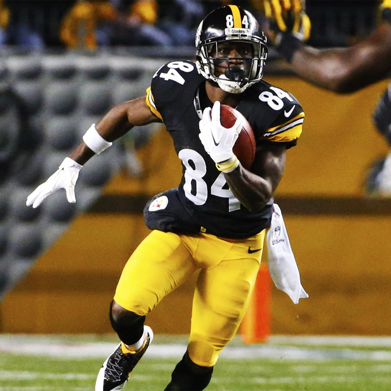 Pittsburgh Steelers Mike Tomlin S New Contract Ushers In: Antonio Brown Could Get Reworked Contract With Steelers