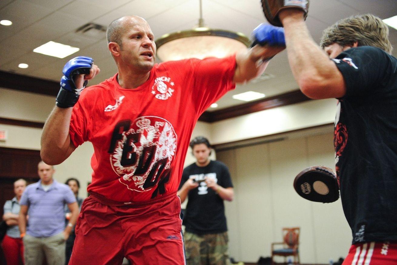Фёдор емельяненко vs дэн хендерсон (30 июля 2011, strikeforce: fedor vs henderson)