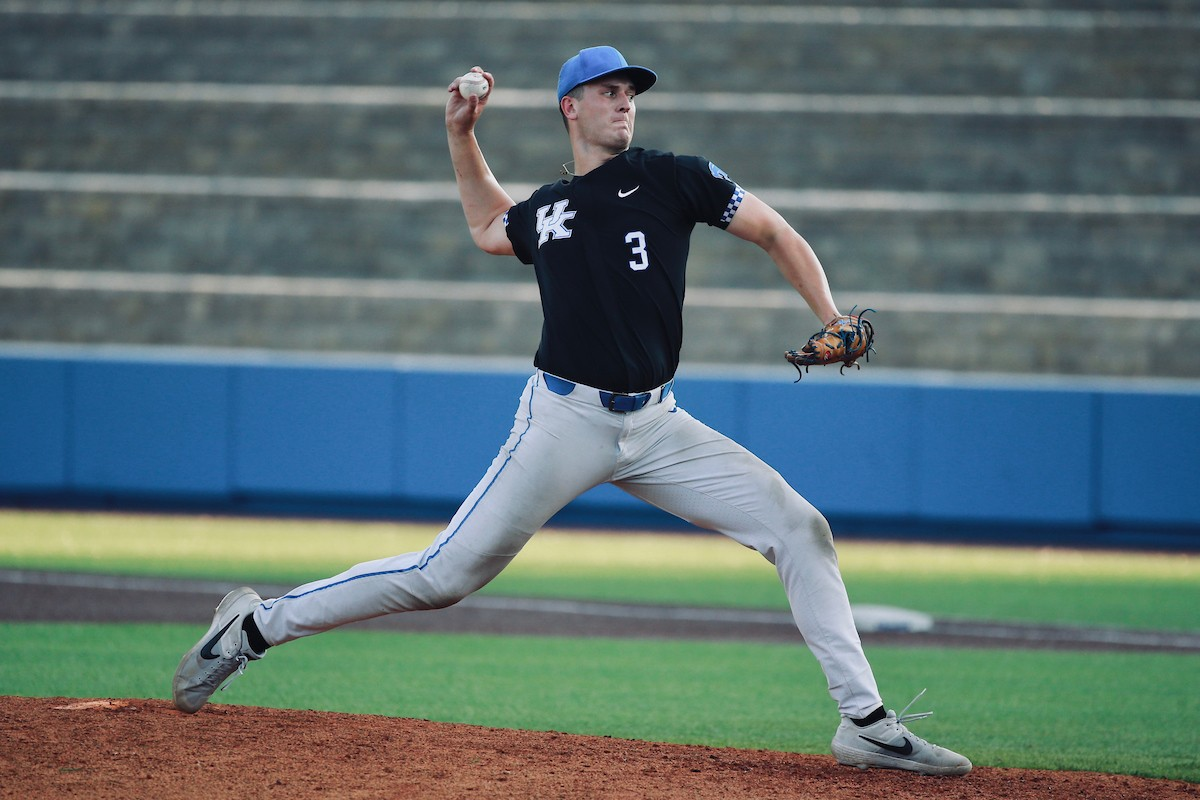 LOOK: Kentucky baseball star Ben Jordan practices with ...
