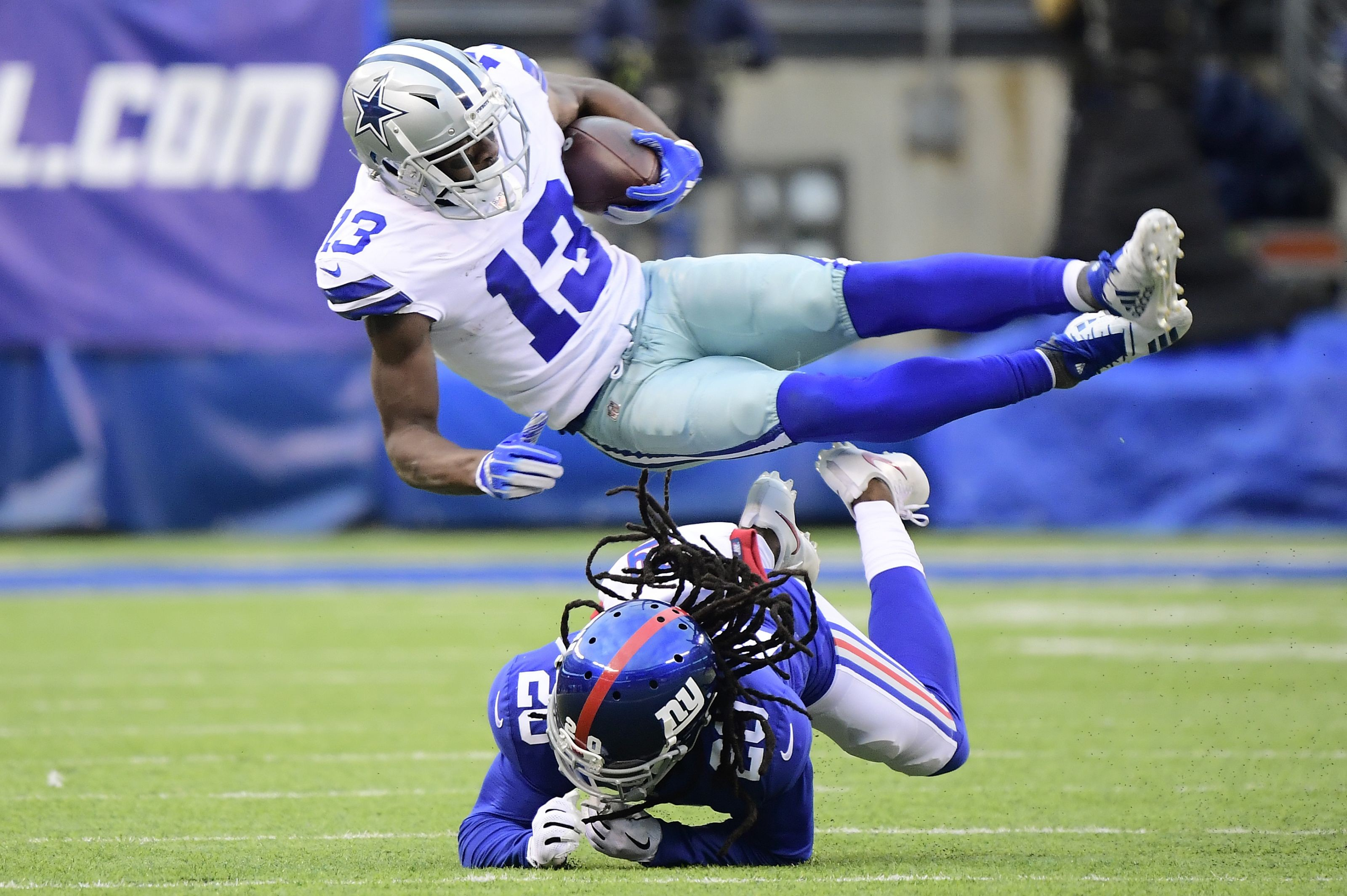 Dallas Cowboys sign a free agent defensive tackle with upside