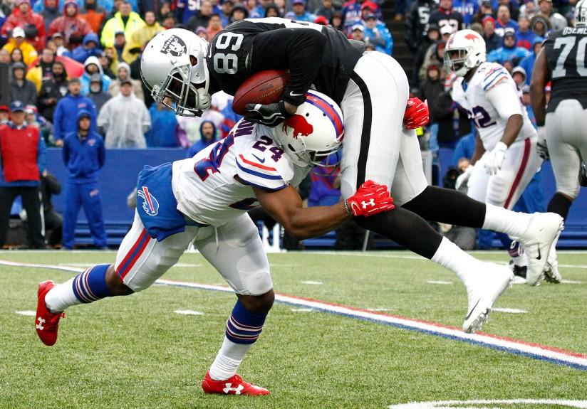 Broncos Briefs Raiders expected to prioritize Amari Cooper in Denver