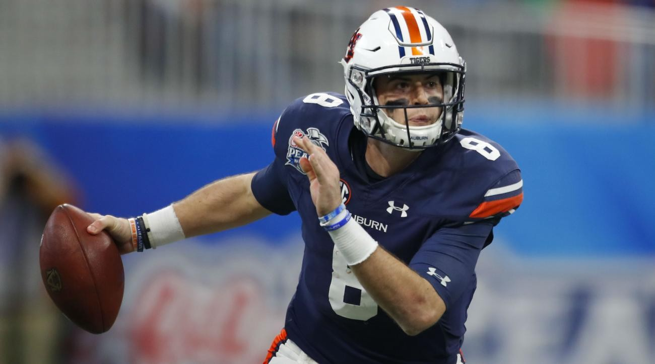 Jarrett Stidham The Family That Took Him In And The Pursuit Of Football Happiness