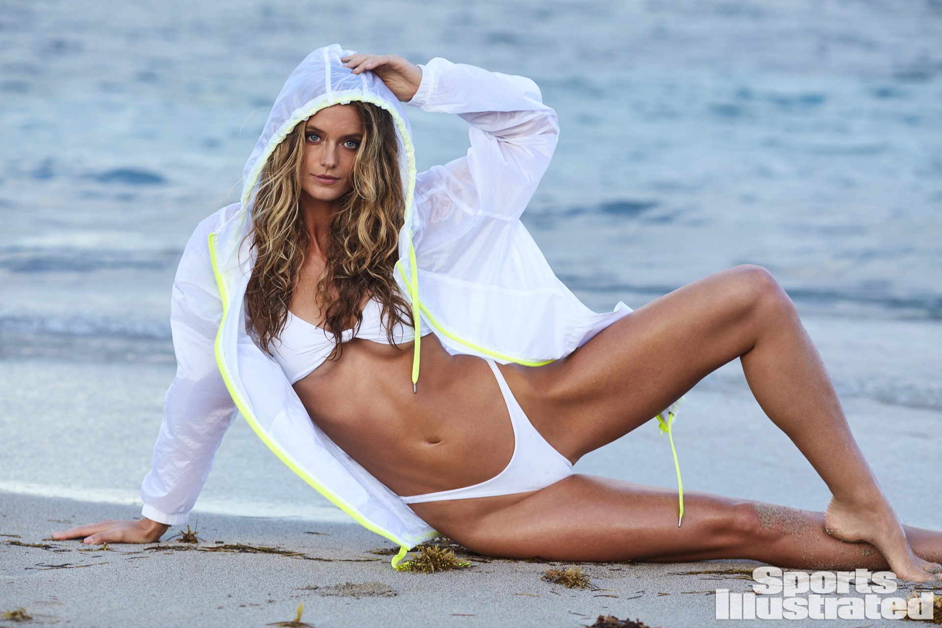 Wednesday's Hot Clicks: Kate Bock; 20 Strange But True Facts About Your Favorite Sports Movies