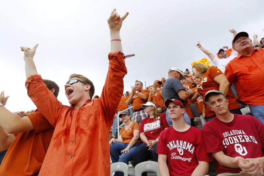 Troy Aikman: Why college rivalries beat the pros