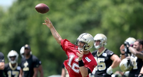 26d88c964 Tom Savage exits early from an otherwise healthy first day of Saints  training camp