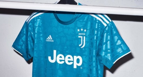 new product c6721 9b345 Juventus Third Kit: La Vecchia Signora Unveil Slick New ...