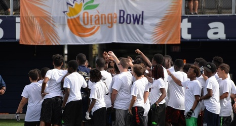 FIU Football Hosts Successful Orange Bowl Youth Football Alliance Clinic on  Saturday 74474b54e