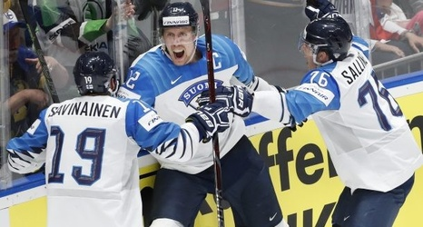 Finland Without Its Nhl Stars Tops Canada For Hockey World Title
