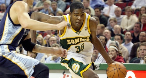 5a7ea724c208 Kevin Durant Set for Seattle Return in Warriors–Kings Preseason Contest