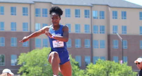 Track and Field Opens Outdoor Season Strong At Arkansas