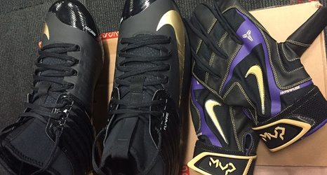 Trout honors Kobe with cleats 146aed1204ed