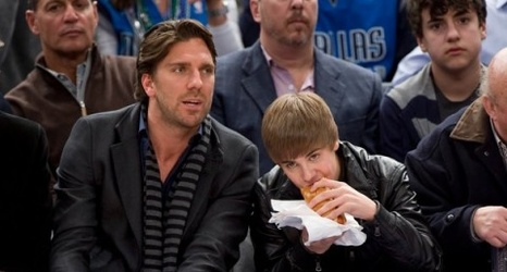 Henrik Lundqvist Up For King Of Swag At Nickelodeon Kids Choice