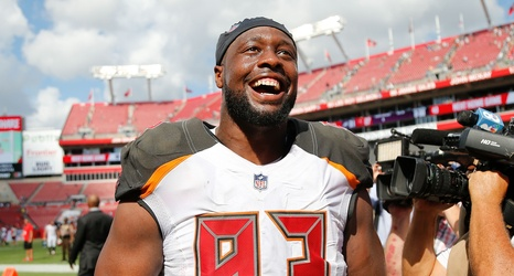 brand new ac30e 722df The Baltimore Ravens should not go after Gerald McCoy