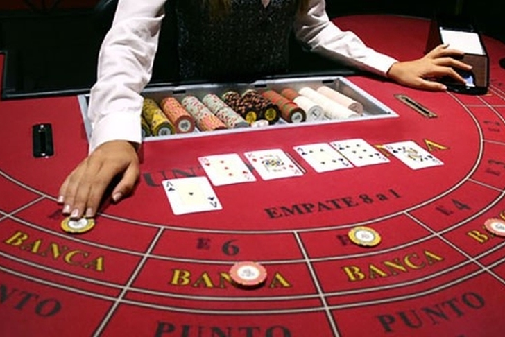 Why Is Baccarat Such A Popular Online Casino Game?
