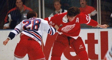 Proof that Bob Probert was NHL heavyweight fight champ f615cbfcd