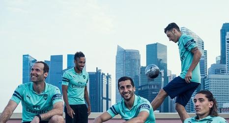 100% authentic 7b795 89aa0 Ozil, Aubameyang & Bellerin model Arsenal's new third kit