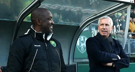 Fans Hail Alan Pardew S Great Escape As Ado Den Haag Avoid Relegation Despite Being Seven Points From Safety And Without A Win Since January But Supporters Mock Liverpool And Leeds With Suggestions The