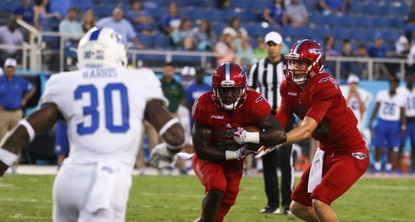Opinion Fau Football Is On The Road To Improvement