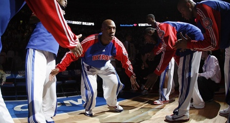 19c50f3a6 Chauncey Billups  No. 1 goes up with all-time Pistons greats
