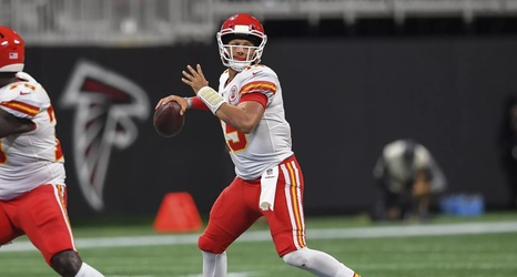481bd836 Twitter reacts to Patrick Mahomes' ridiculous touchdown pass