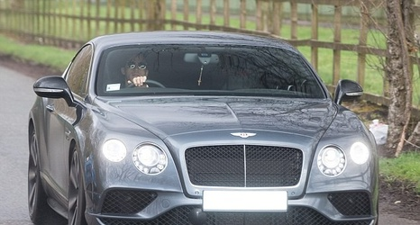 Manchester United Arrive For Training In Convoy Of Luxury Cars As They Gear  Up For Derby With Manchester City