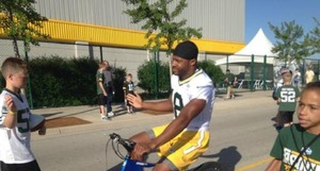 Randall Cobb S In A Nfl Com Fantasy Football Commercial
