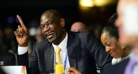 b4a7868b166 Dikembe Mutombo to have Denver Nuggets Retire Jersey