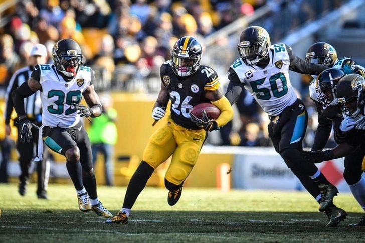 Le'Veon Bell Missed Pittsburgh's Walk-Through, Arrived Late To Game