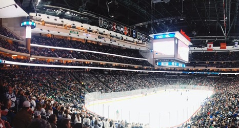 Minnesota Hockey Fans Need To Stop Using High School Hockey