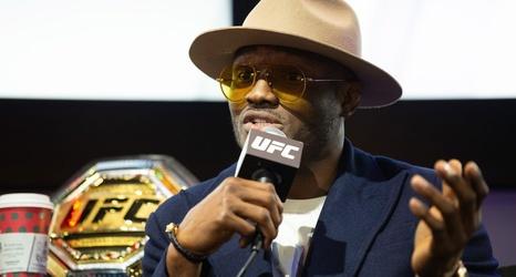 Usman Has Hard Time Calling Mcgregor Vs Cowboy Conor Needs