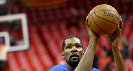 As if to prove Charles Barkley's point, Kevin Durant gives Dwyane