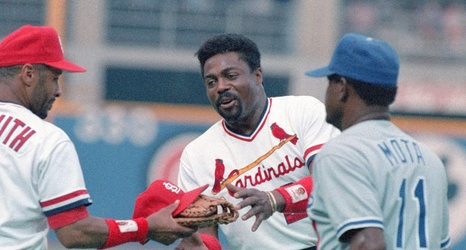 Baseball Notes Miracle Former Card Guerrero Still Is Alive