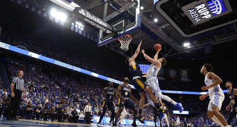 Kentucky Overcomes First Half Deficit to Defeat UNC
