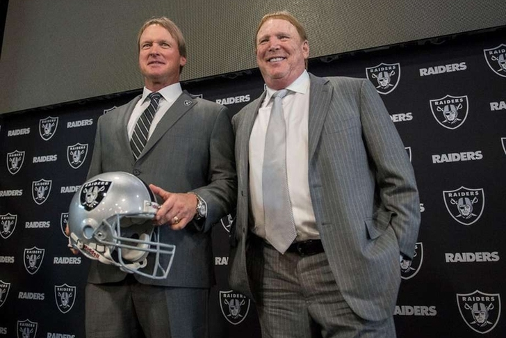 Raiders address defensive line after trading back again