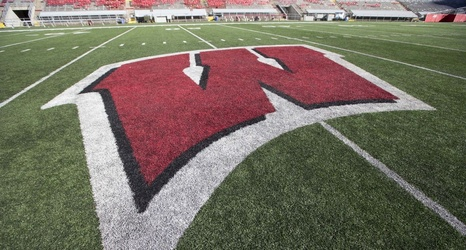 Wisconsin Football Badgers Continue Spring Practice Grind