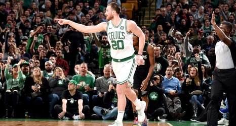 hot sale online 5336e 11615 Celtics' Gordon Hayward scores season-high 35 points vs. Wolves