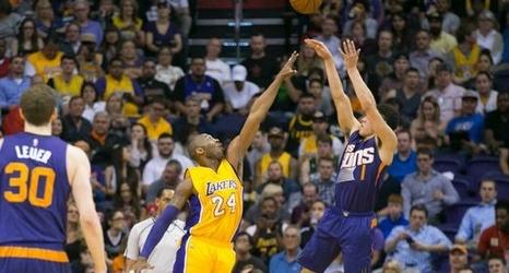 Suns uoend the Lakers in Kobe Bryant s Phoenix farewell 138ba5cbb