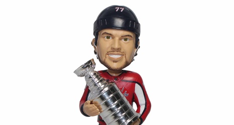 dae8aae3921 TJ Oshie Stanley Cup Bobblehead Review