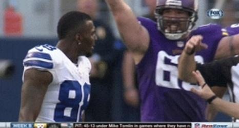 Tony Romo Mic D Up Vs Vikings Calls Out Dez Bryant