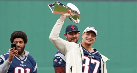 Rob Gronkowski Dented The Lombardi Trophy Bunting A Julian