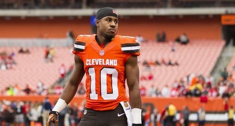39f98f12 Browns re-sign LB Tank Carder, tender WR Terrelle Pryor, three other ...